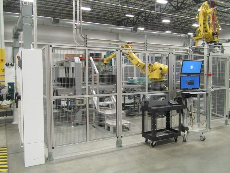 Line 5A palletizer smaller robot